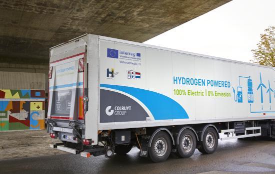 Waterstofnet: Colruyt Group test als eerste in Europa een 44 ton waterstoftruck, gebouwd door VDL.